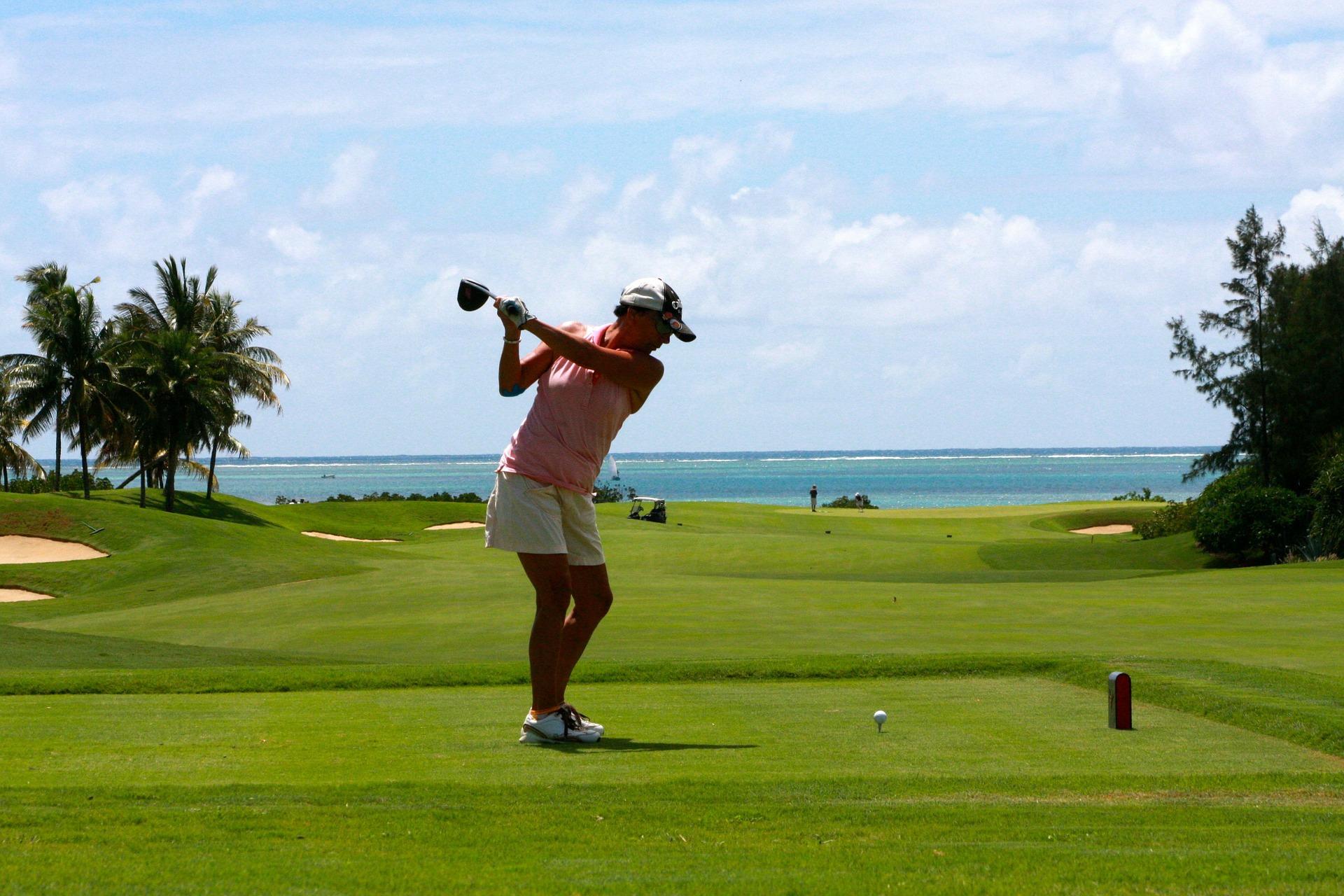 jouer golf dubai