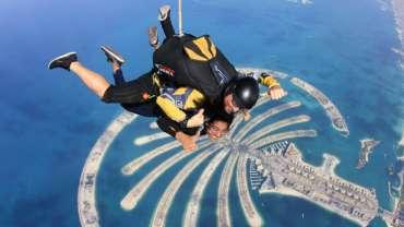 Où faire du saut en parachute à Dubaï ?